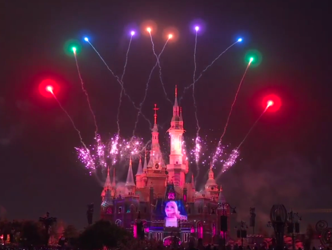 """Featured image for """"Behind the scenes with Yaron and award-winning arranger William Ross, discussing the collaboration process for the new Shanghai Disneyland 5th anniversary nighttime spectacular, """"Illuminate"""""""""""